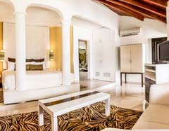 Jacuzzi Suite - Desire Resort and Spa - Cancun